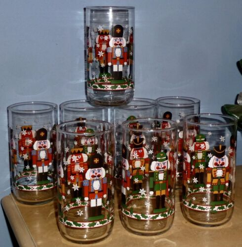 """(8) VINTAGE CHRISTMAS LIBBY LIBBEY NUTCRACKER SOLDIER GLASSES TUMBLERS 6"""" TALL"""