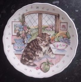The Country Kitten Collection 'Curiosity' Bone China Royal Albert Plate