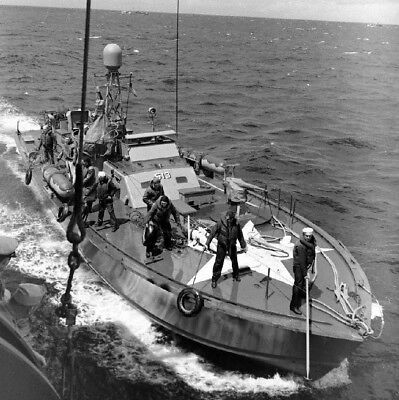 Us Navy Pt Boats (WW2 WWII Photo US Navy PT Boat PT-513 June 1944 England World War Two / 7172 )