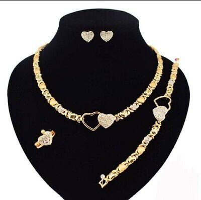 Hugs & Kisses Necklace With Bracelet 18