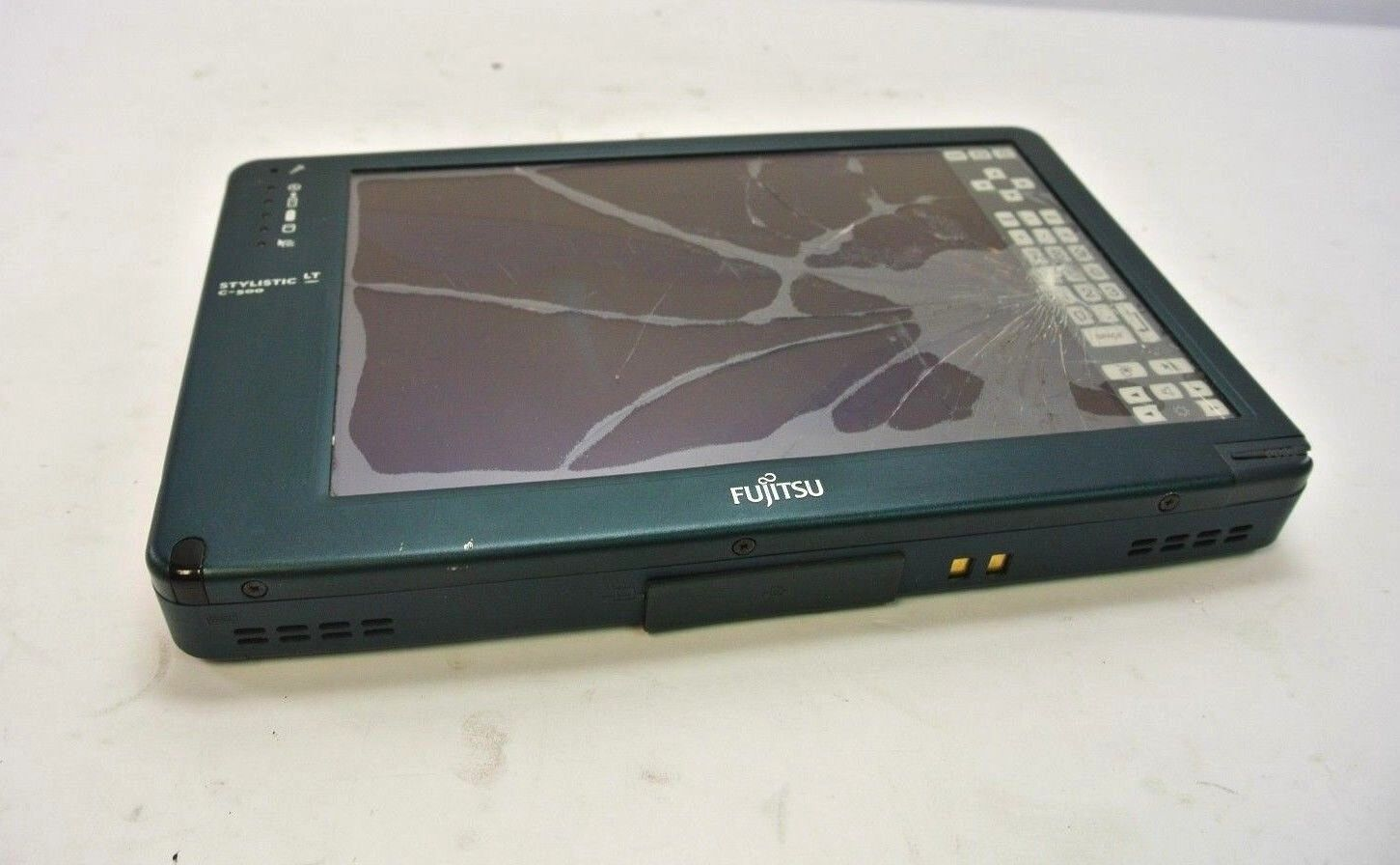 Fujitsu LT C-500 Tablet PC - For Parts / Repair, Cracked LCD