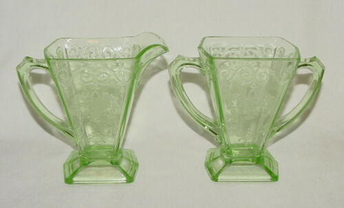 "IMMACULATE Vintage Green Indiana Glass ""LORAIN"" Creamer & Sugar Bowl!!"