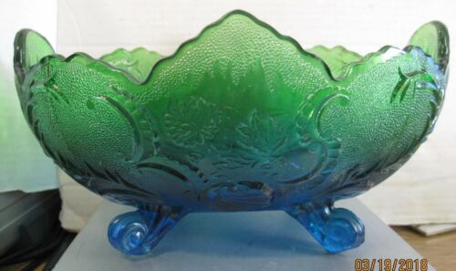 Vintage Jeannette Lombardi bowl blue and green b106