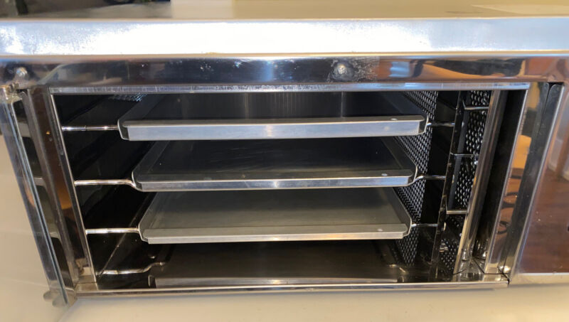 Commercial Convection Otis Spunkmeyer Cookie Oven W/Trays - OS-1 Model