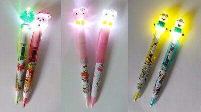 Minions - Hello Kitty - Weihnachtsbaum - Weihnachtsmann Kugelschreiber m. Licht ()