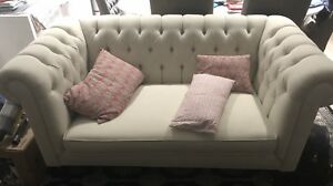 2 CREAM TUFTED LOVE SEAT MADE TO ORDER LOVE SEATS