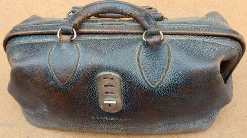 Fantastic Antique Leather Gold Inscribed GC RICHARDSON M.D. Doctors Medical Bag