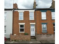 Spacious 2 Bed House Close to Town & Pittville Park