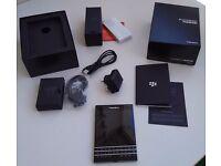BlackBerry Passport - 32GB - Black - (Unlocked) - Boxed