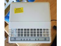 Blyss 10L Dehumidifier immaculate condition.