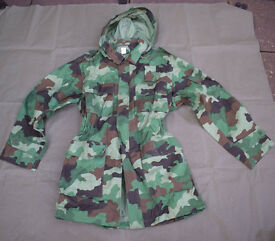 NEW - SERBIAN ARMY Oakleaf camo Combat JACKETs + Hood (Size Large)