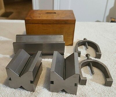 LOT OF MACHINIST V BLOCKS AND CLAMPS