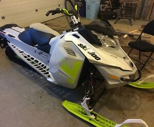 2014 skidoo freeride 1600km, want it gone, trades considered