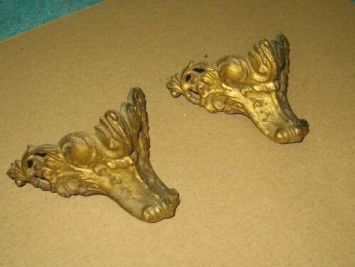 2 Antique Brass Color Furniture Trunk Chest Corners #35~Lion? Wolf?~Stock b