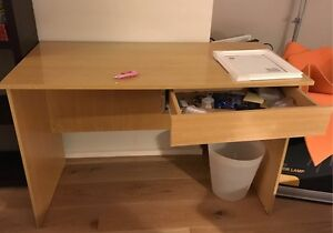 Free study table Hornsby Hornsby Area Preview