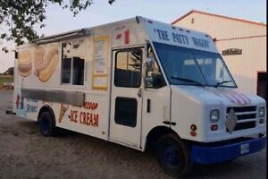 10/10 Food truck for sale
