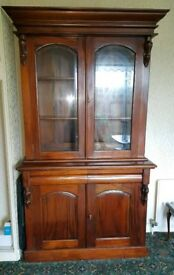 Beautiful Two door Victorian style mahogany bookcase