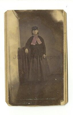 19th Century Fashion - 19th Century Carte-de-visite Photograph - Haynesville, MO