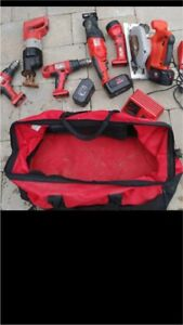 LOOKING FOR MILWAUKEE TOOL BAGS (READ CAREFULLY)