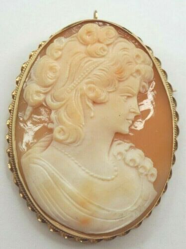 Vintage Large Cameo Brooch Pin Pendant Set in 14k Yellow Gold .585 Bezel - WA32