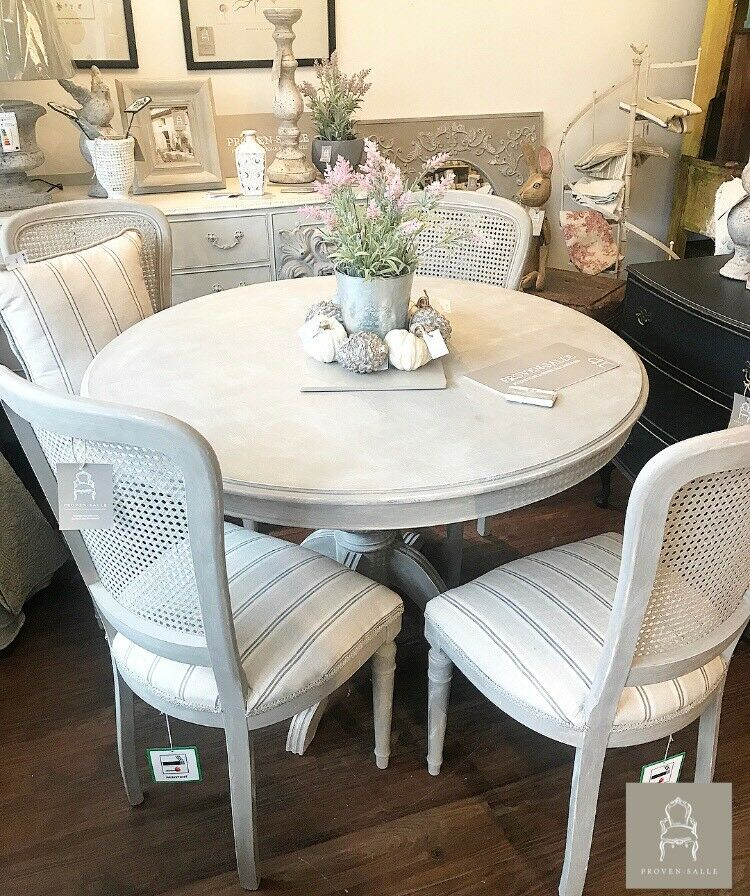 Peachy Country French Style Round Pedestal Dining Table With 4 Chairs In Kempston Bedfordshire Gumtree Beutiful Home Inspiration Xortanetmahrainfo
