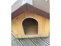 FERPLAST Wooden Dog Kennel* Outdoor* Very Good Condition