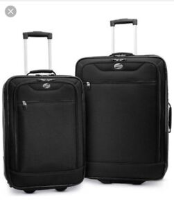 """New with tags - American Tourister 2pc 20"""" & 24"""" Wheeled Luggage"""