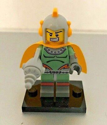 LEGO MINIFIGURE SERIES 17 (71018) RETRO SPACE HERO - NEW UNOPENED!!!