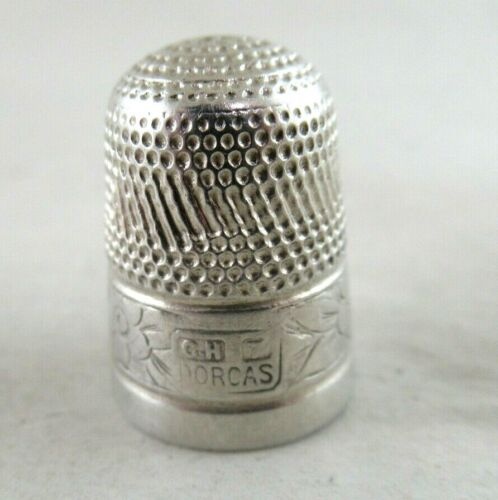 Antique Silver Cased  DORCAS THIMBLE   Marked:-CH7 DORCAS   very good condition