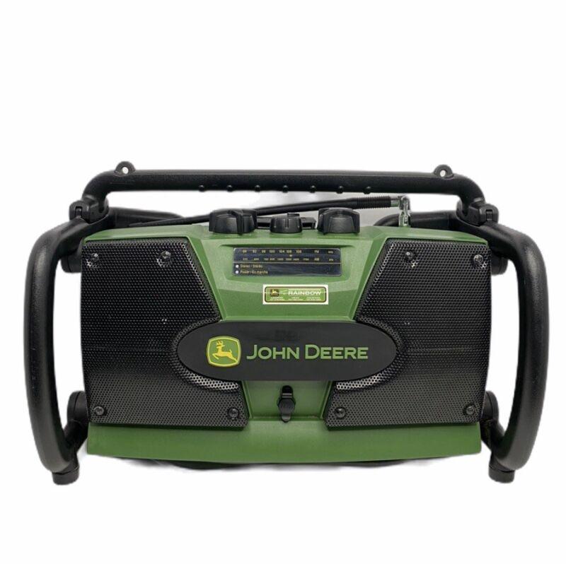 John Deere home and workshop Radio AM/FM- Aux 12/14 V Battery  ET-3903-J.