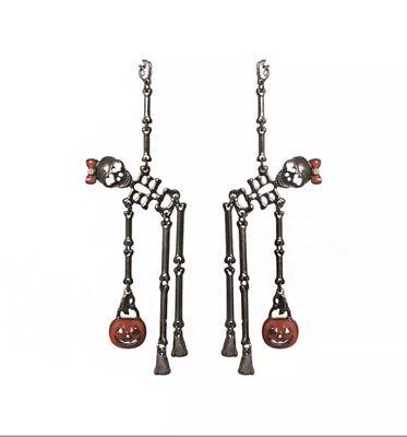 HAPPY HALLOWEEN SKELETON HOLDING PUMPKIN DANGLE LONG SILVER TONE EARRINGS - Happy Halloween Skeletons