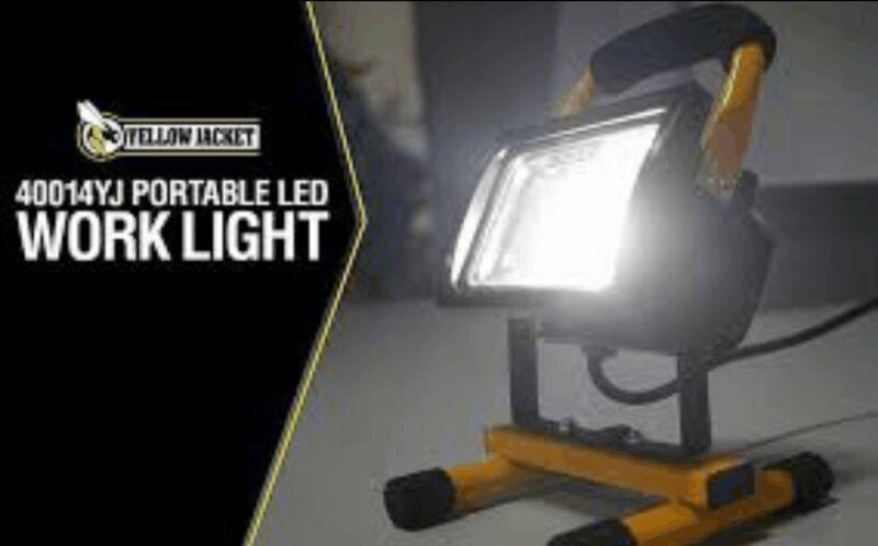 Lot / Case of 8 LED Work Light 1500 LM Shop Jobsite Home Auto Portable Wholesale