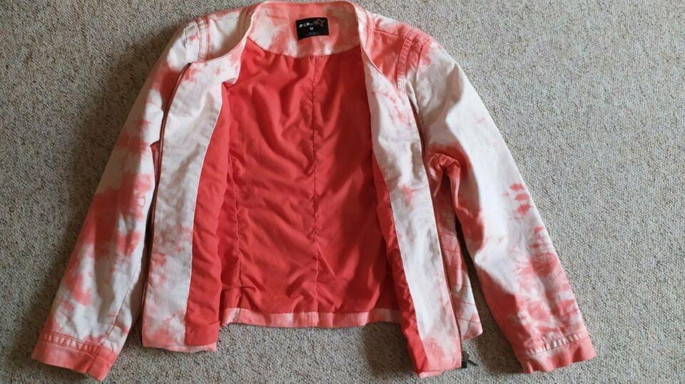 Neue leichte Jacke  Größe M 40/42 Mädchen/ Damen in Frohburg