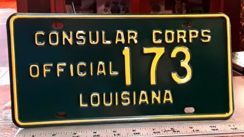 LOUISIANA - 1962/63 CONSULAR CORPS - undated first issue license plate - exc.