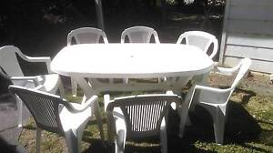 Table and 8 chairs Plastic setting Park Orchards Manningham Area Preview