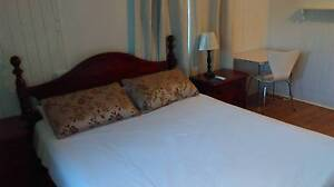 Spacious room near airport, CBD, Esplanade, hospital and shops Cairns North Cairns City Preview