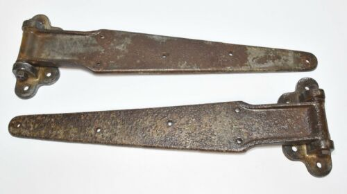 2 LARGE MATCHING HEAVY DUTY VINTAGE CAST IRON 24 INCH STRAP HINGES