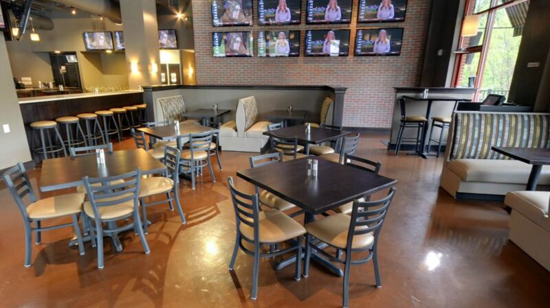 Tables And Chairs For A Restaurant : Knowing the common problems that occur with restaurant furniture is ...