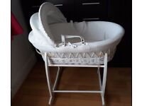 Beautiful white wicker & waffle moses basket and stand