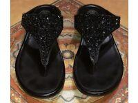 FitFlop Womens Banda Crystal Toe Post Sandals - Size 7 UK