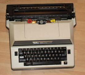 Brother Super 7300 Typewriter