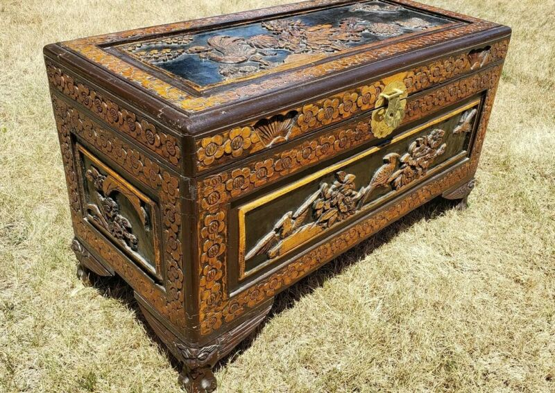 Vintage Oriental Chinese Camphor Wood Hand Carved BoxTrunk Hope Chest Table