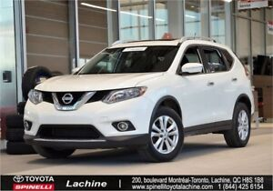 2015 Nissan Rogue SV - AWD VERY CLEAN! AWD! HEATED SEATS! BLUETO
