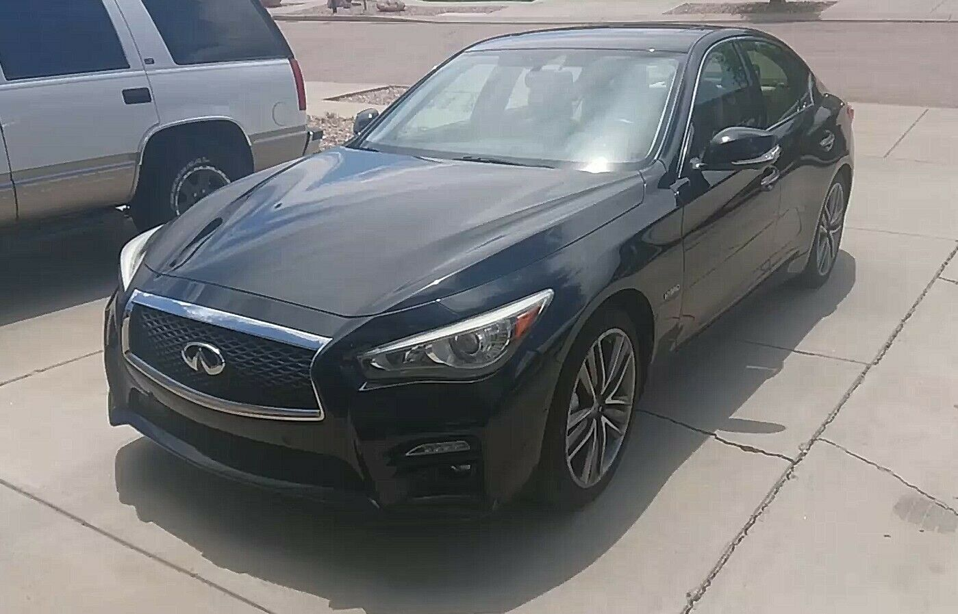2014 Infiniti Q50 HYBRID PREMIUM 2014 Infiniti Q50 Hybrid Sport with Self Driving Features Video in the desc.