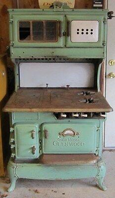 vintage cast iron gas wood burning kitchen stove 39 s collection on ebay. Black Bedroom Furniture Sets. Home Design Ideas