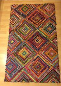 Colourful diamonds rug.