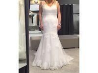 Wedding dress, brand new, size 16, corset back
