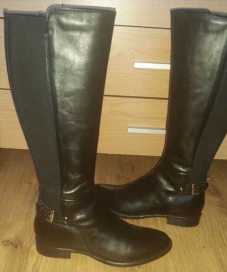 Black leather boots (new and boxed) size 6