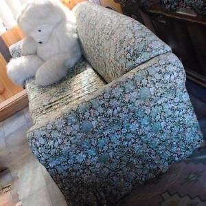 Day  Sofa Bed is in good condition. Floral design. NO TEDDY Mount Riverview Blue Mountains Preview