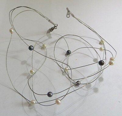 Collier ras du cou en 3 fines serpentines plaqué argent avec perles blanches et